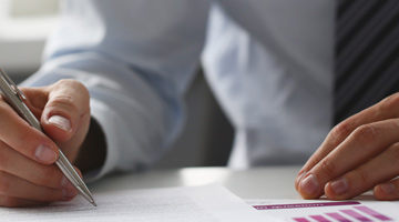Subscription & Peer-to-Peer Insurance